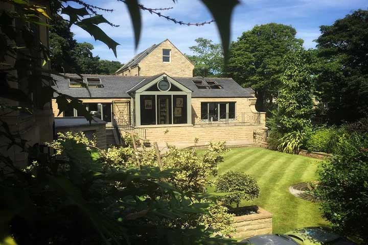 The Vinery - Located a short walk from Huddersfield Town centre